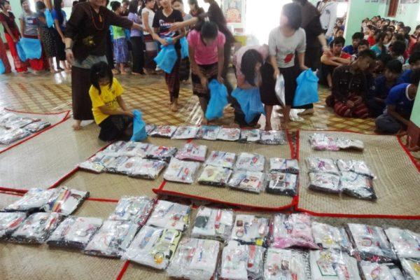 ミャンマー 孤児院支援